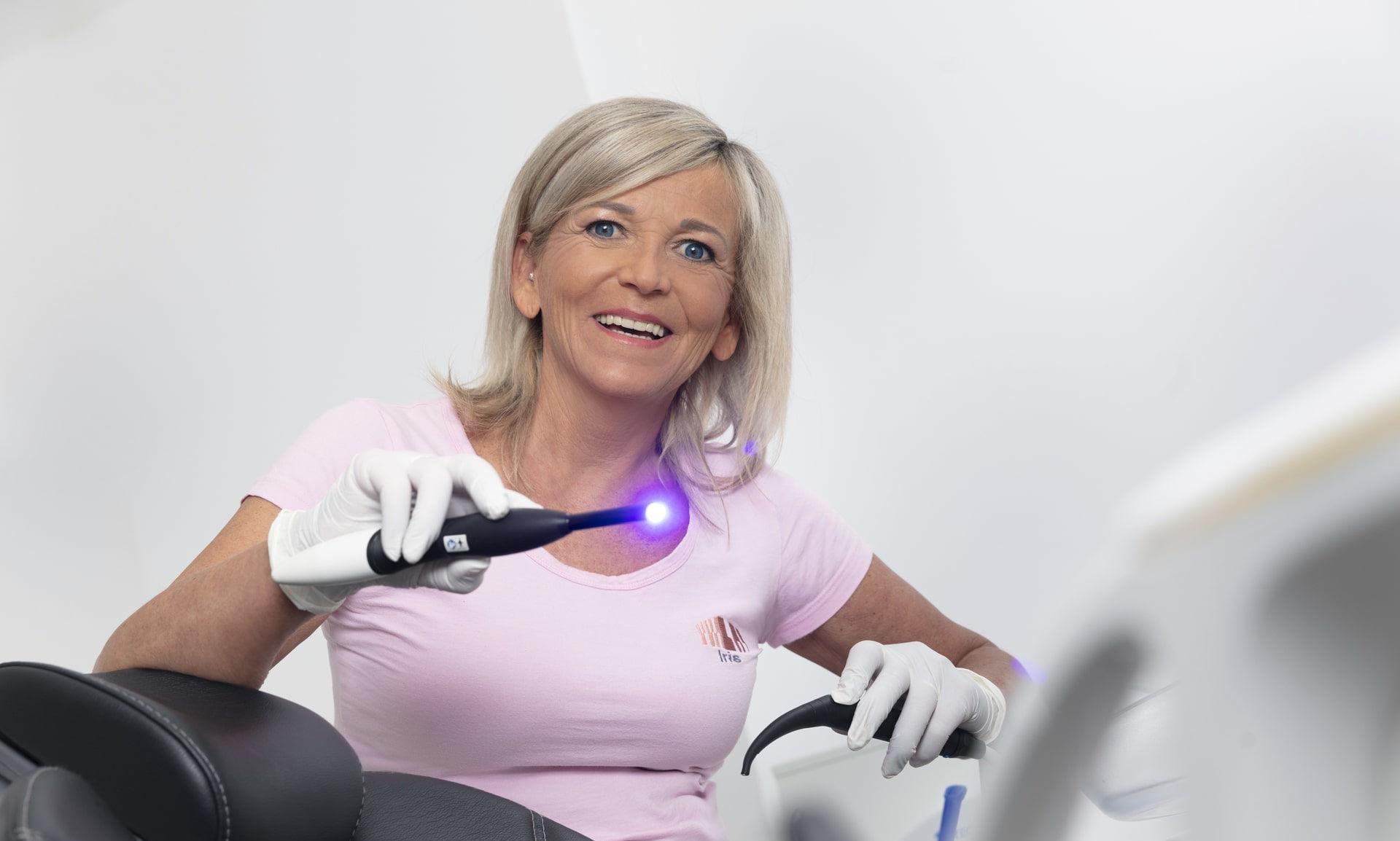 Behandlung Zahnarzt Innsbruck - Dr. Lars Heidenreich